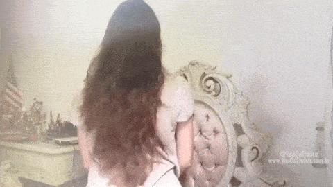 Truque_genial_para_cortar_o_próprio_cabelo_em_camadas_sossolteiros(7)