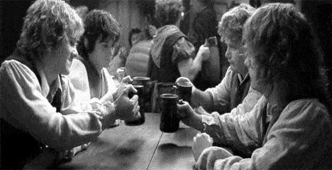 lotr-hobbit-toast