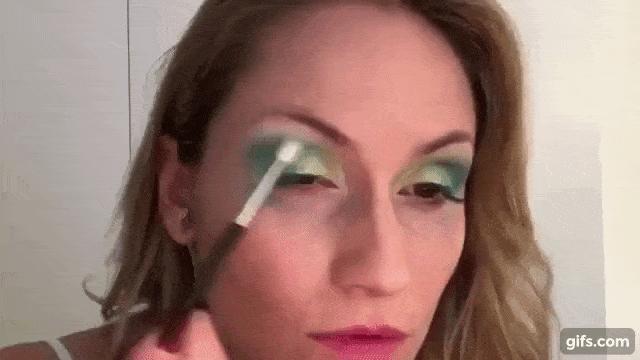 Youtube - Vanessa Davis, https://www.youtube.com/watch?v=UCRLjQkLV-M